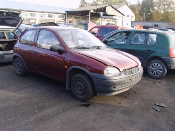 bordowy-samochod