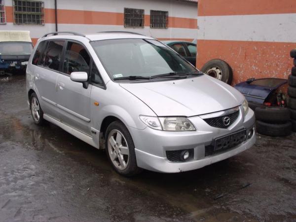 srebny-samochod